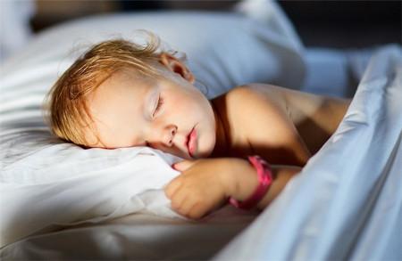 dormir niño