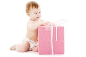 Regalos para bebés bonitos, originales, divertidos…… ¡y sin perder de vista la próxima Navidad!